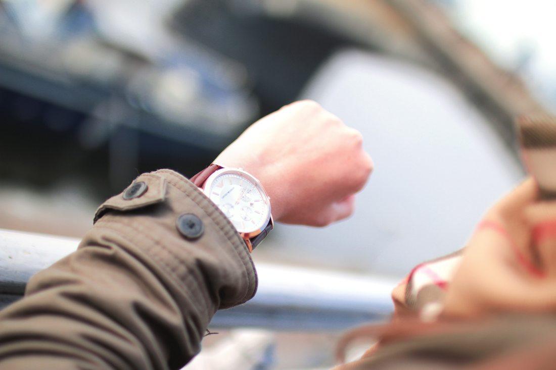 fashion-hand-hurry-4956